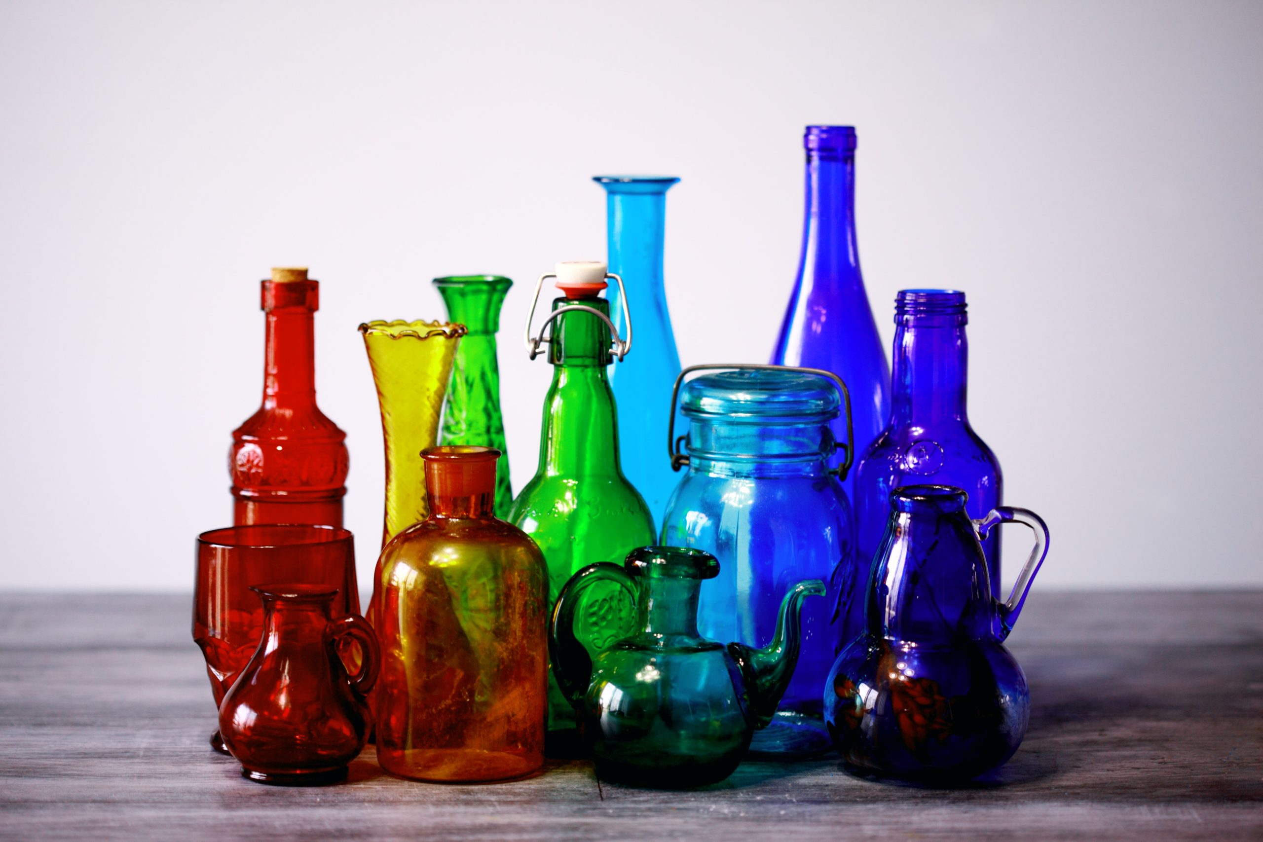 How Glass Containers are Colored?